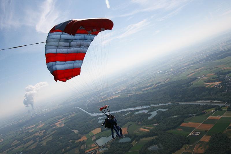 sprung ohne fallschirm video
